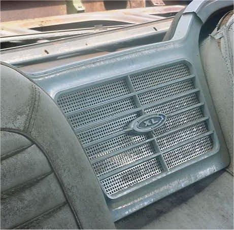 xl-speaker-1-new